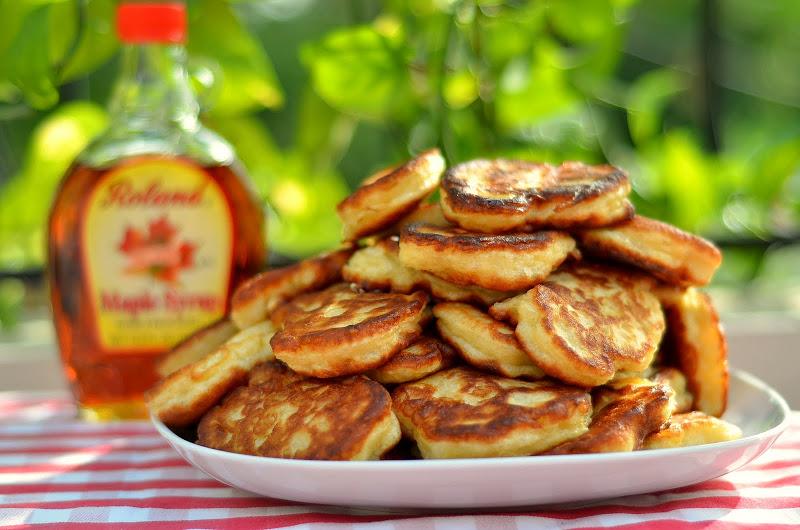 Оладьи с яблоками на молоке дрожжевые рецепт пошагово